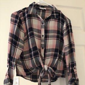 Mine Pink & Navy Plaid Crop Shirt Size M